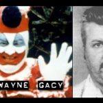 """John Wayne Gacy: """"It"""" il pagliaccio assassino esisteva davvero"""